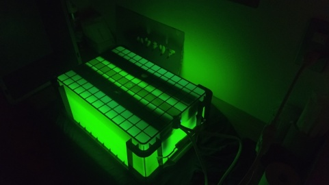 UV-box greenlight.jpg